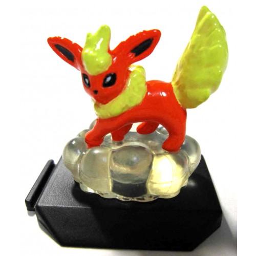 Pokemon 2001 Bandai Battle Museum Series #13 Flareon Figure